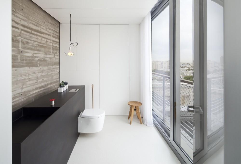 53aa137ec07a8037b300003f_open-and-transparent-to-the-city-pitsou-kedem-architects_rachel_yanai_050-1000x682