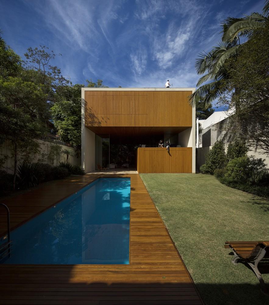 54603f8ee58ece70e0000167_tetris-house-studiomk27_mk27_l_fernandoguerra_-3--883x1000