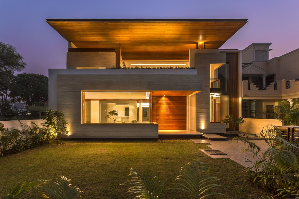 5470eccde58ece22950000ab_house-in-mohali-charged-voids_p-1000x666