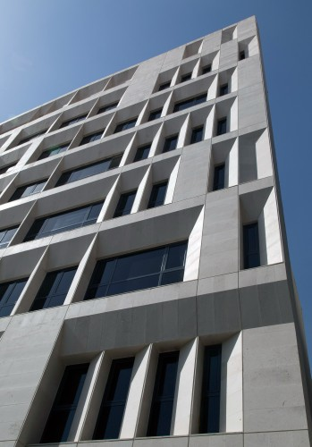 Sipan_Residential_Building_by_Ryra_Studio-mihanbana (2)