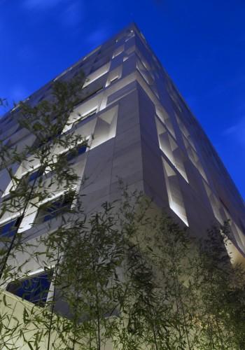 Sipan_Residential_Building_by_Ryra_Studio-mihanbana (5)