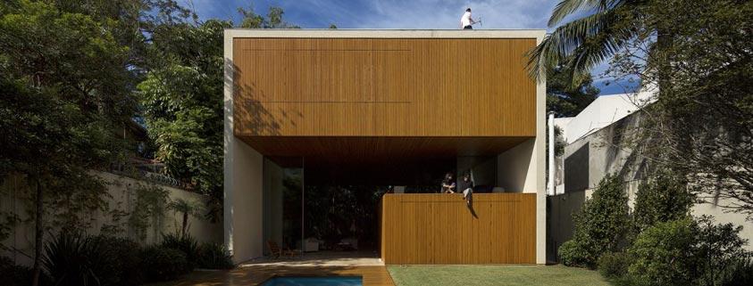 خانه ای به شکل جعبه چوبی در برزیل