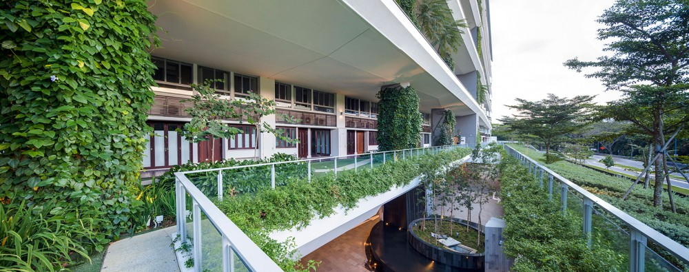 54bef9bae58eceef7000015d_jardin-dp-architects_view-of-1st-storey-flower-garden-1000x395