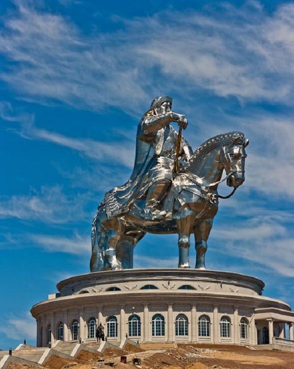 Mongolia: 2010-175_007