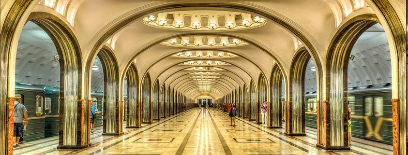 معماری زیبا و شگفت انگیز مترو مسکو