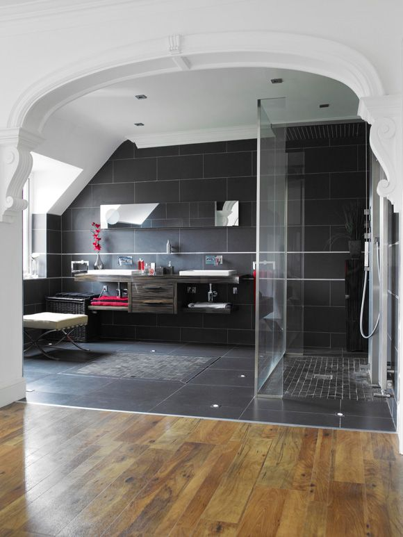 12-Open-plan-en-suite-eshower-room