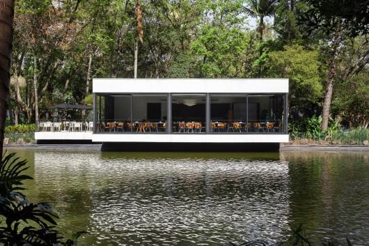 5497a487e58ecede05000135_lake-s-restaurant-mass-arquitetura_13209-mass-restlago-020b-archdaily-530x353