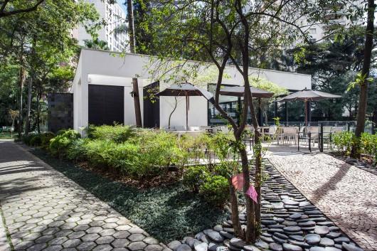 5497a5e7e58ece9bf400010a_lake-s-restaurant-mass-arquitetura_13209-mass-restlago-161-archdaily-530x353