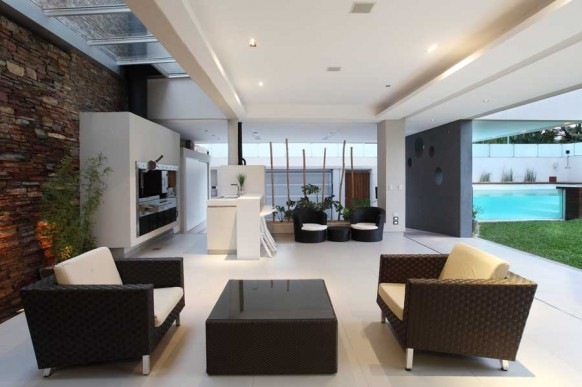 8-cool-interiors-devoto-house-582x387