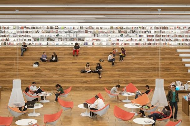 طراحی فوق العاده کتابخانه/کتابفروشی