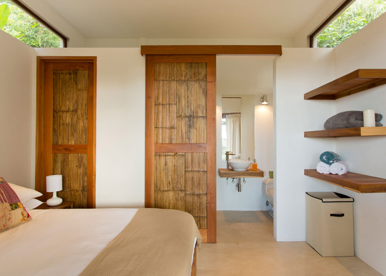 Casa-Flotanta-by-Benjamin-Garcia-Saxe-Architecture-is-raised-above-a-forest_dezeen_ss_6