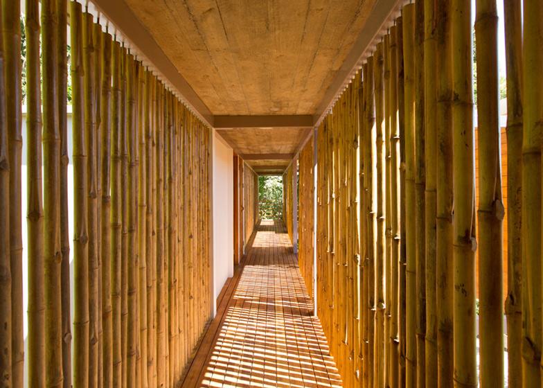 Casa-Flotanta-by-Benjamin-Garcia-Saxe-Architecture-is-raised-above-a-forest_dezeen_ss_7