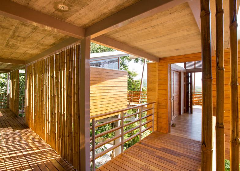 Casa-Flotanta-by-Benjamin-Garcia-Saxe-Architecture-is-raised-above-a-forest_dezeen_ss_8