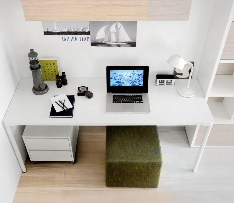Green-white-study
