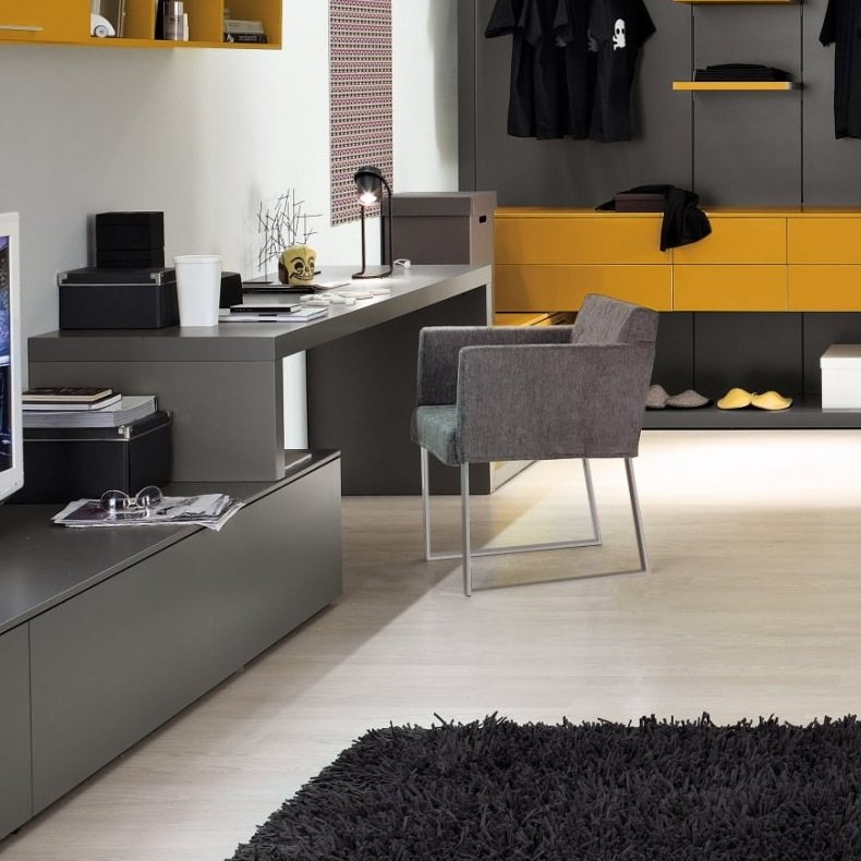 Grey-yellow-home-office