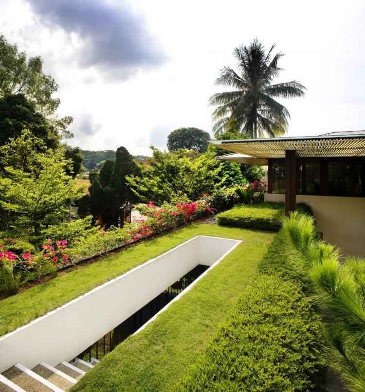Tangga-Residence-10-750x806