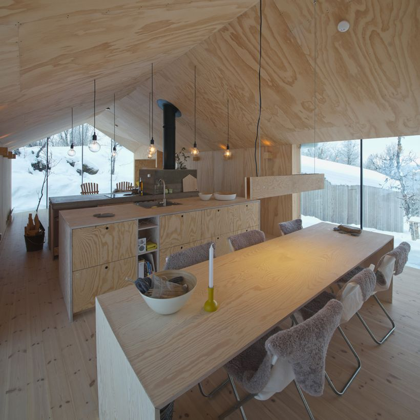 Timber-Retreat-By-Reiulf-Ramstad-Architects-10