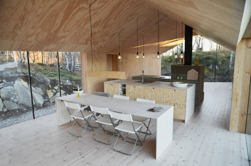 Timber-Retreat-By-Reiulf-Ramstad-Architects-9