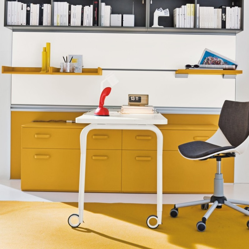 Yellow-grey-home-office