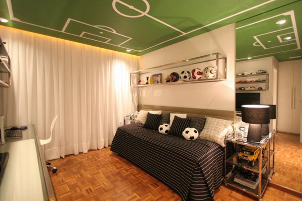 football-boys-room-ceiling