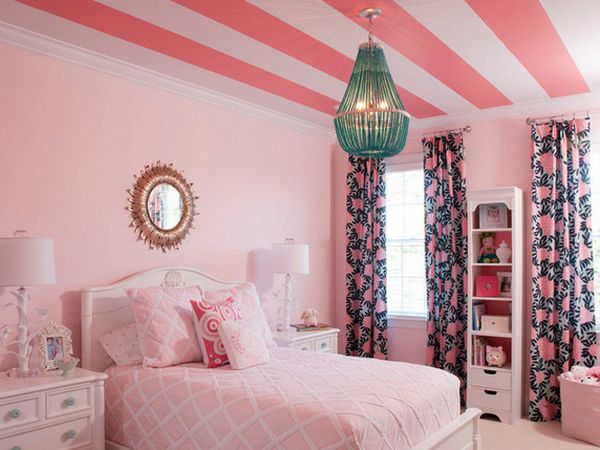 large-striped-ceiling-for-kids-room