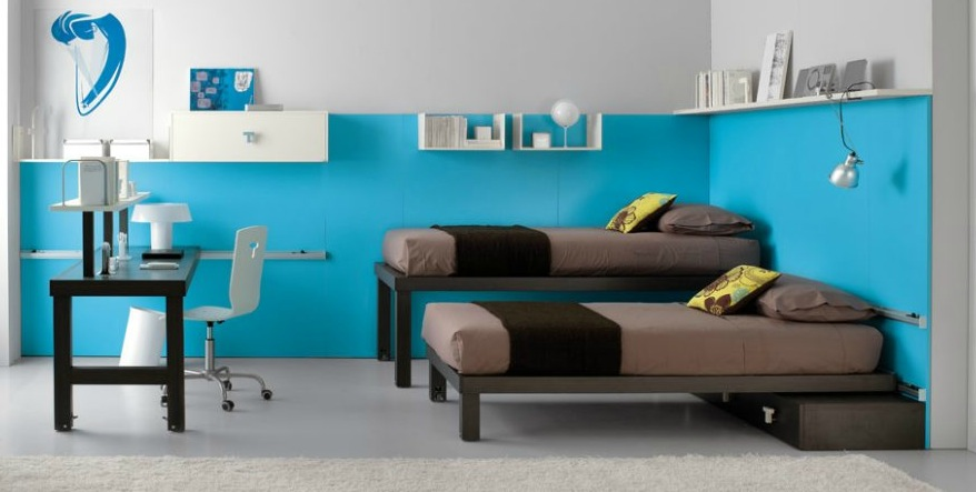 shared-kids-room-in-brown-and-blue