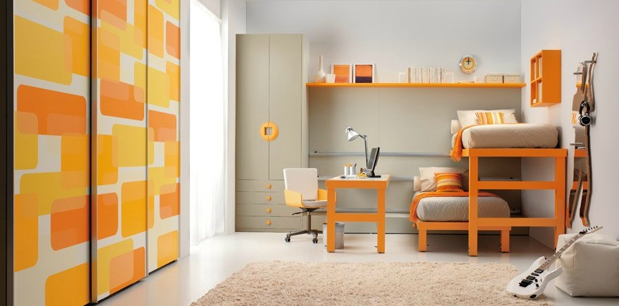 shared-kids-room-in-orange-and-white