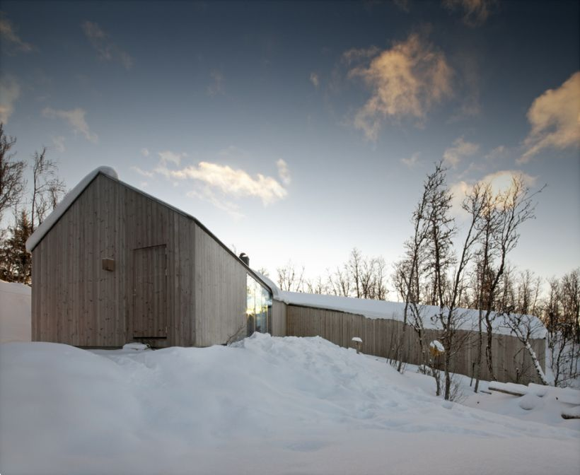 timber-retreat-in-norway-7