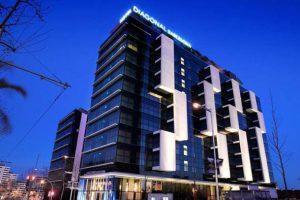 جولی کاپلا و اثر جنجالی اش هتل دیاگونال