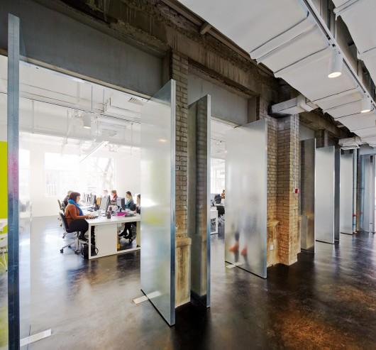 54ecb5c7e58ece2633000015_spark-beijing-office-spark-architects_0238_spark_beijing_office_n20_a3-530x493