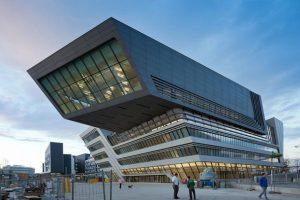طراحی منحصربه فردوزیبای کتابخانه دانشگاه اقتصاد وین