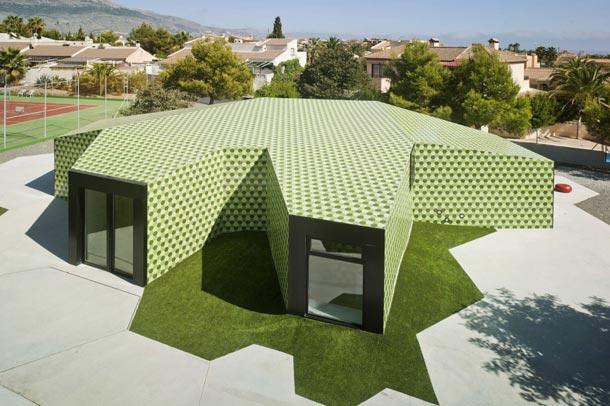 توسعه ساختمان اداری توسط گروه معماری CRYSTALZOO