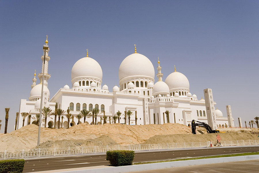 Sheikh-Zayed-Grand-Mosque-mihanbana-(7)