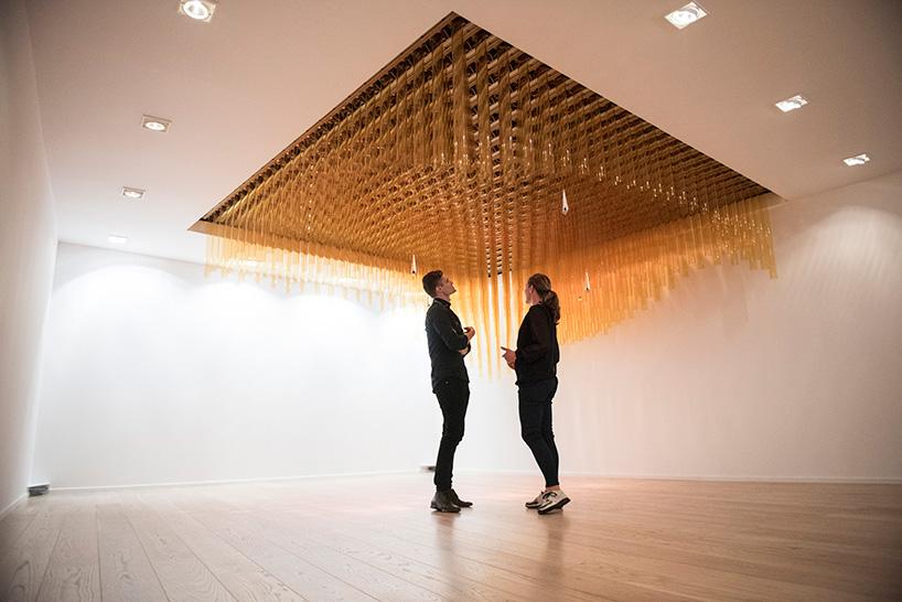 ctrl-n-scandinavian-design-group-abida-intek-breaking-the-surface-lundin-interactive-installation-designboom-08