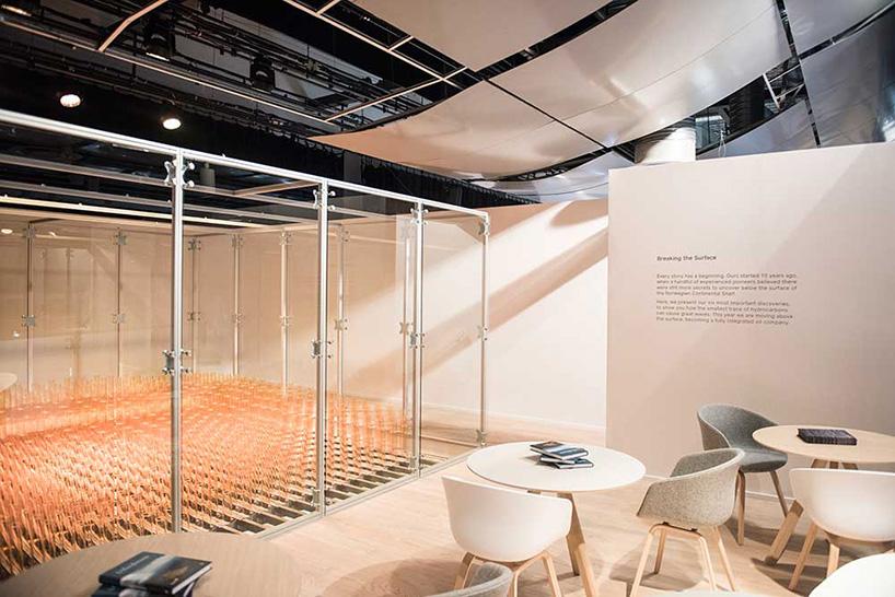 ctrl-n-scandinavian-design-group-abida-intek-breaking-the-surface-lundin-interactive-installation-designboom-09