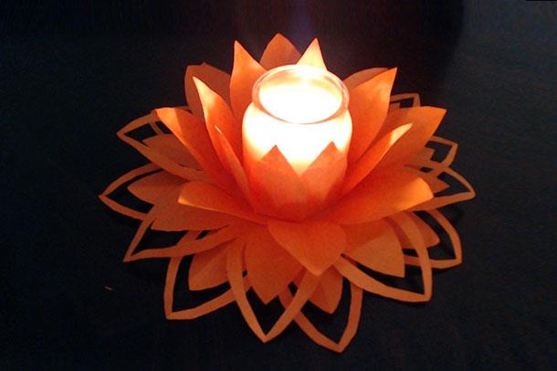 آموزش تزئین شمع با گل کاغذی