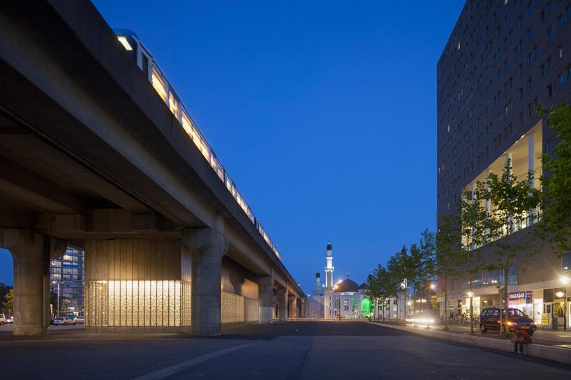 maccreanor-lavington-amsterdam-metro-station-designboom-09
