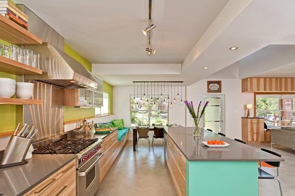 جسارت در استفاده از رنگ ها در طراحی خانه ای آمریکایی