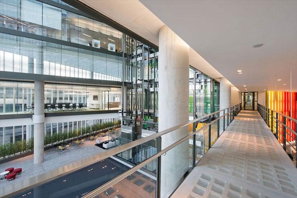 تصاویر دفتر شرکت Kaspersky در لندن