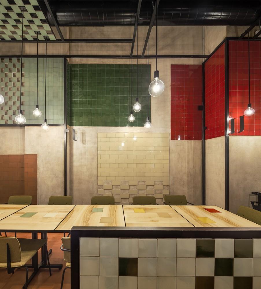 551cb8a9e58ecef24700009e_disfrutar-restaurant-el-equipo-creativo_mihanbana (11)