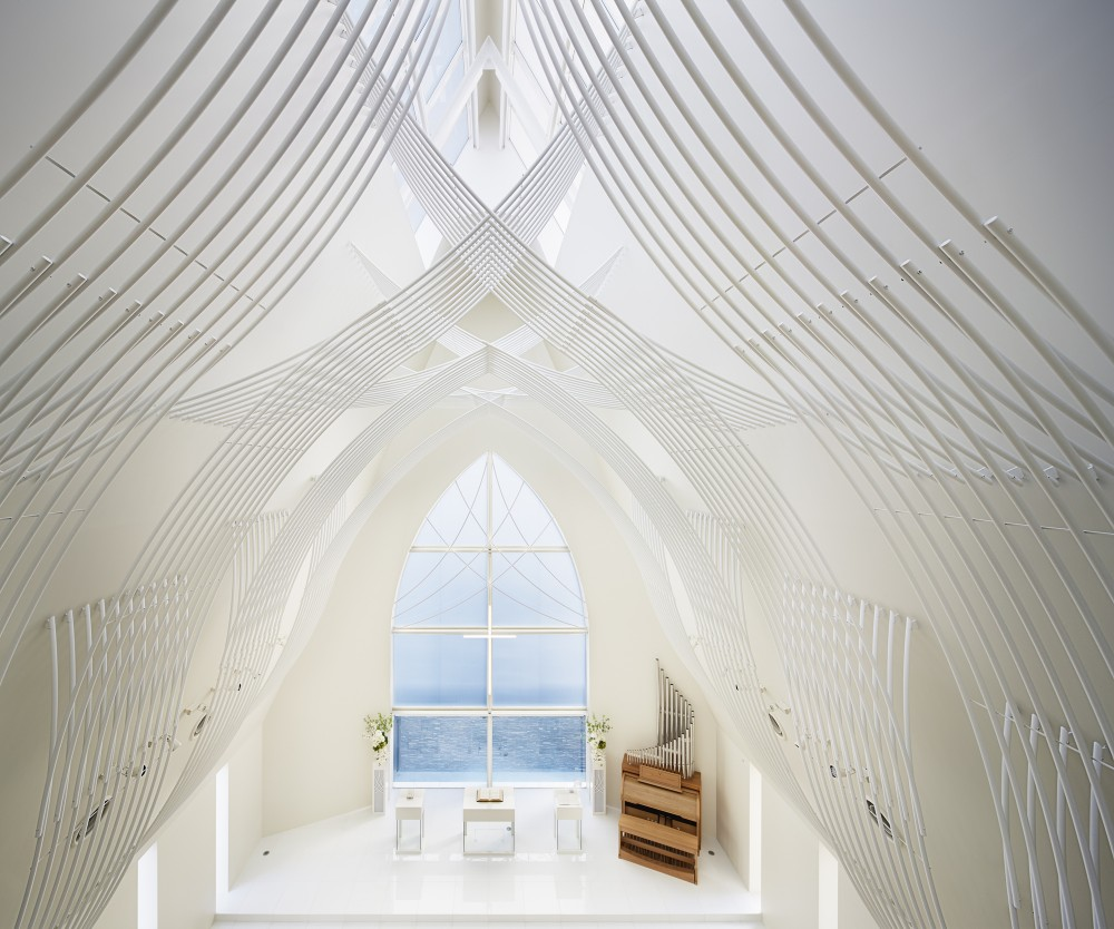 5532abfde58ecee00800025d_st-voile-chapel-kasahara-design-work_mihanbana (4)