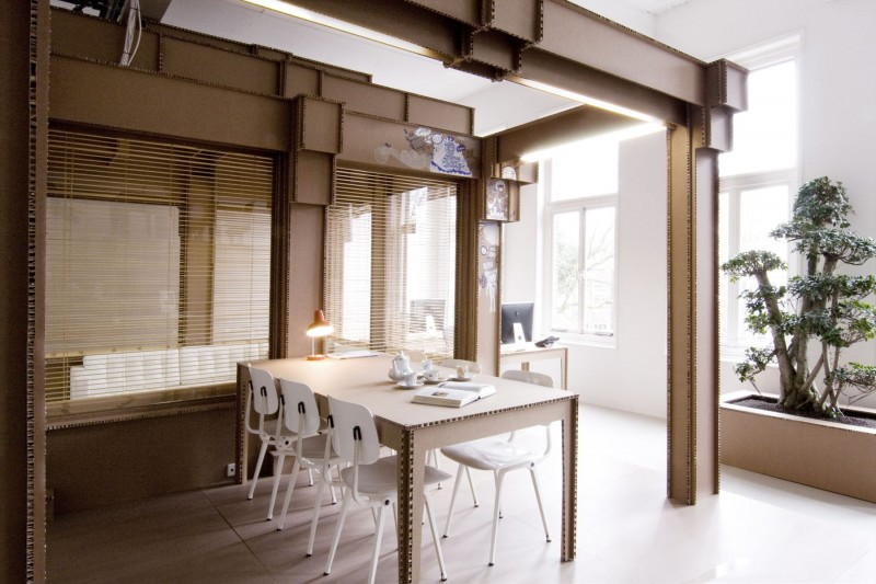 Cardboard-Office-Interior-06-800x533