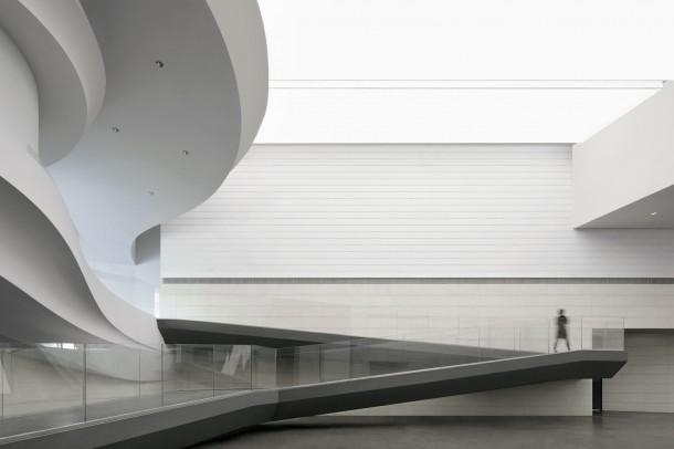 8_waa_MOCA_Atrium_Gallery_Photo_(Photo_credit_waa)