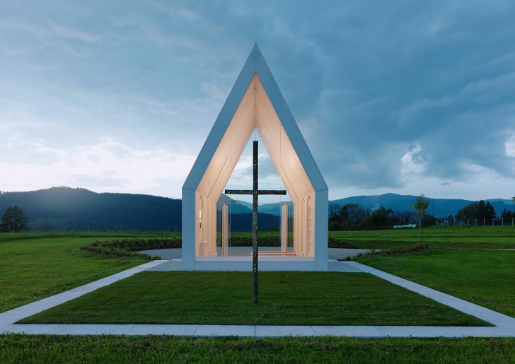 Chapel-Maria-Magdalena-by-Sacher-Locicero-architects-5-728x515
