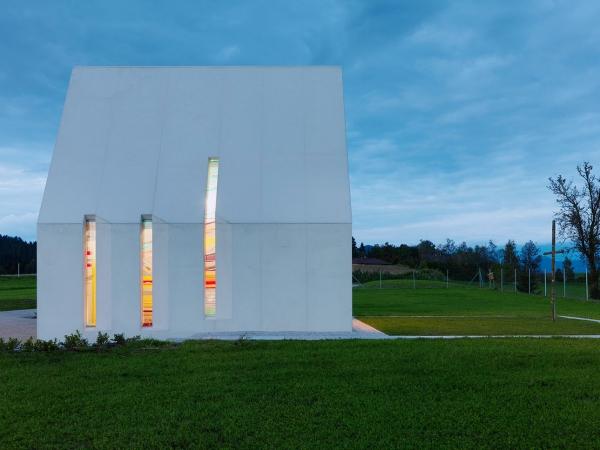 Chapel-Maria-Magdalena-by-Sacher-Locicero-architects-6-600x450