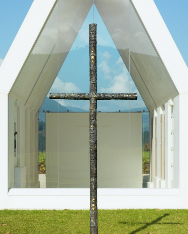 Chapel-Maria-Magdalena-by-Sacher-Locicero-architects-7-600x749