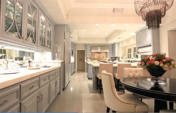 Jennifer-Lopez-Kitchen-Photos