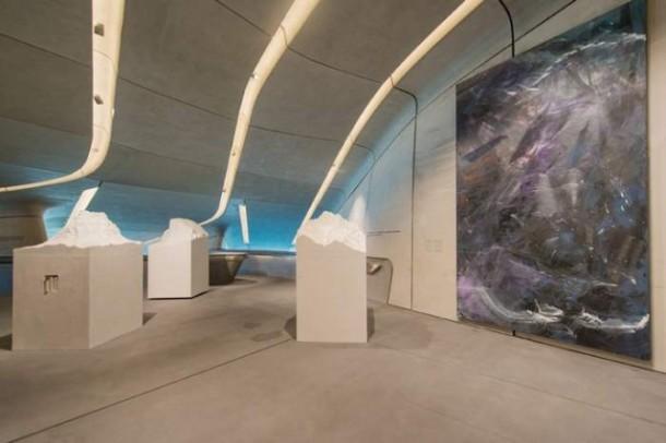 MMM-Corones-Museum-by-Zaha-Hadid-7-640x427