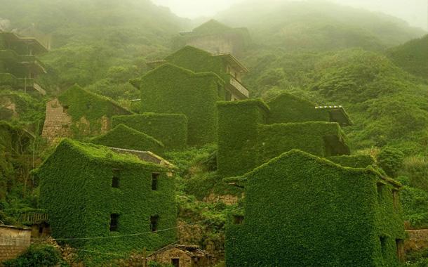 تصاویر شگفت انگیز از روستایی در چین پس از خالی شدن از سکنه!