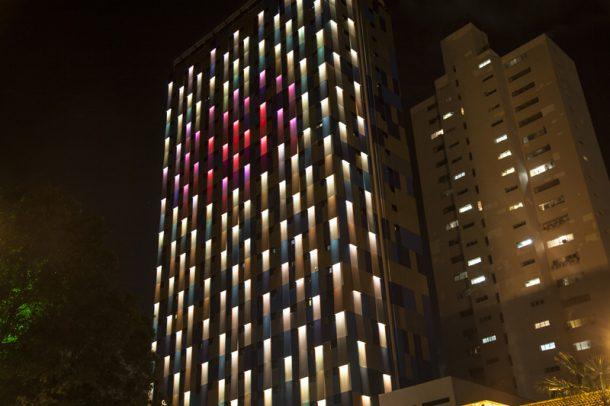 hotel-facade_050815_05